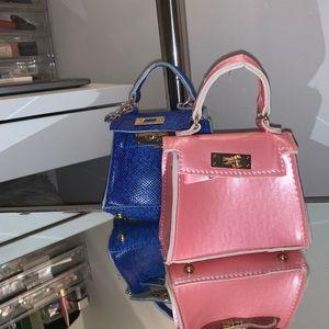 2 mini boohoo bags